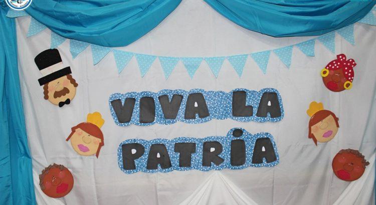 """Representación de obra """"Viva La Patria"""""""