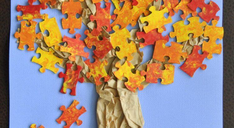 Árbol representado con piezas de rompecabeza