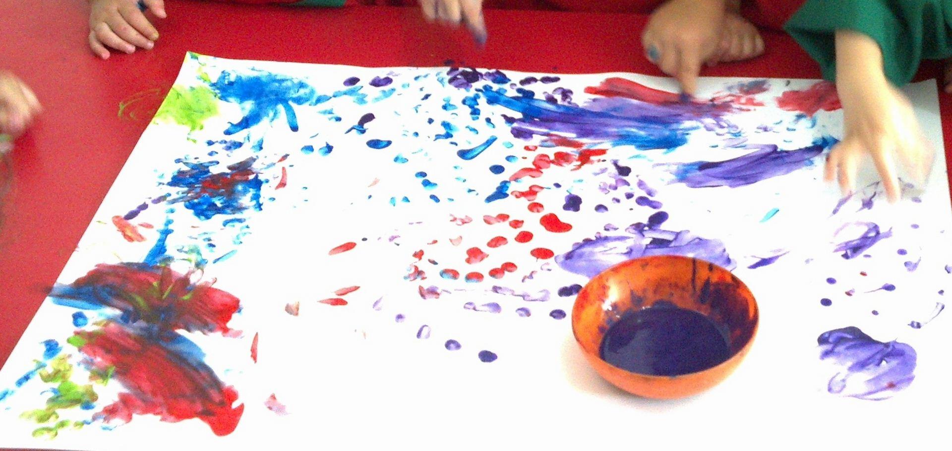Proyecto descubrimos los sentidos mi coraz n de tiza for Actividades para jardin maternal sala de 2